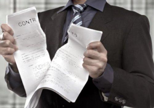 Rescisão do contrato de promessa de compra e venda de bem imóvel e o dever do comprador de pagar alugueis ao vendedor