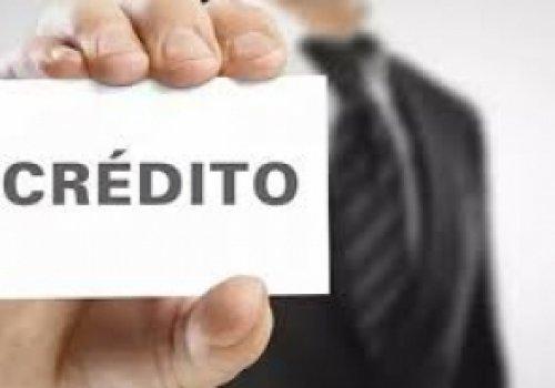 Aprovado crédito especial para empresas pagarem as folhas de salários durante a crise da Covid-19